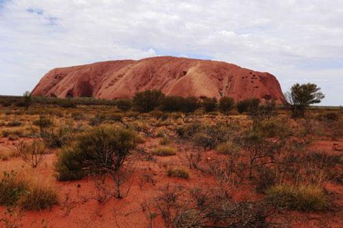 Gambar-Bukit-Batu-Besar-Uluru-Australia